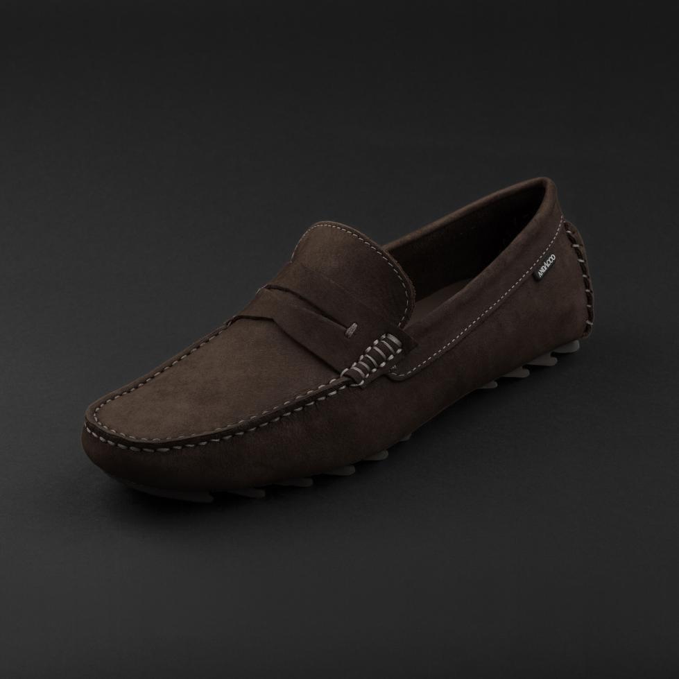 حذاء موكاسين بني داكن نوبوك 9823