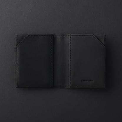 محفظة شيروتي NLC914A