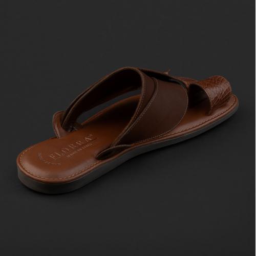 حذاء فلورا شرقي نقشة جلد ساق النعام بني فاتح GN156