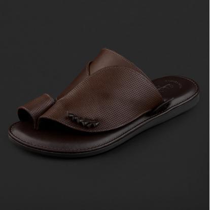 حذاء شرقي مخرم بني داكن GN152