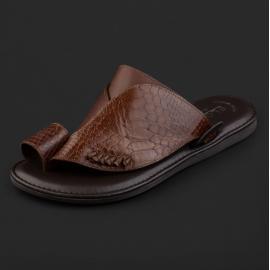 حذاء شرقي نقشة جلد ساق النعام بني GN156