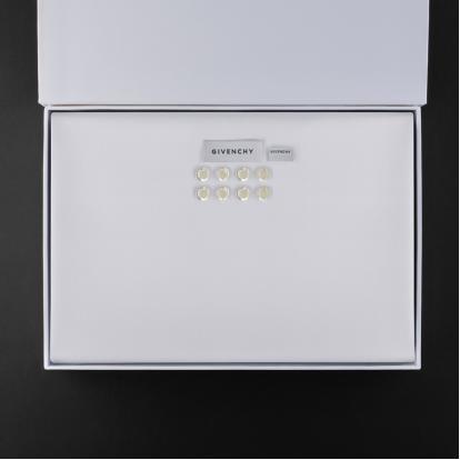 قماش جيفنشي أبيض G9007W