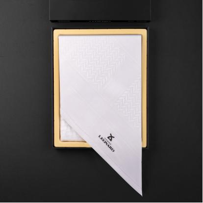 شماغ هوم ليونارد مودرن أبيض الجديد LP-W