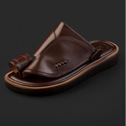 حذاء شرقي كلاسيكي بني داكن 2212
