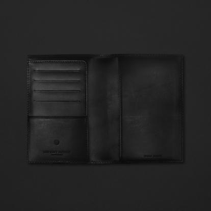 محفظة جواز السفر ميدنايت فاكتوري 17PH03