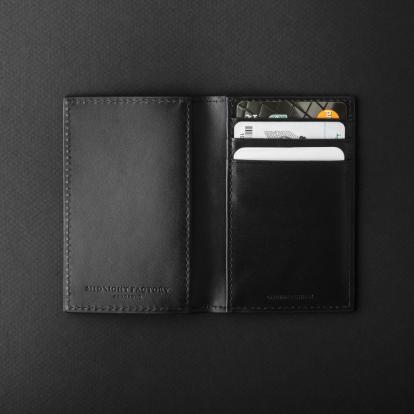 محفظة للجيب ميدنايت فاكتوري 18BF04