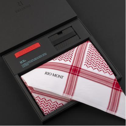 شماغ ريومون أحمر مع محفظة بحزام أسود / أحمر