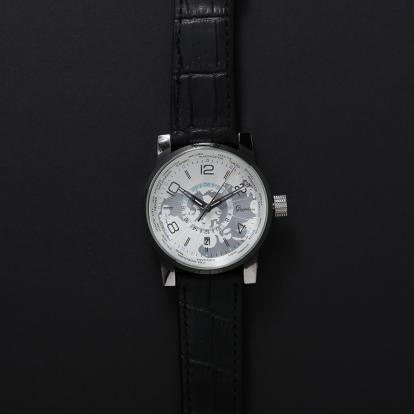 ساعة رجالية قريفون 7037 باللون الفضي