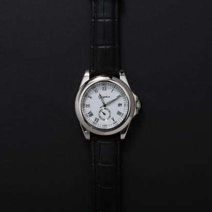 ساعة رجالية قريفون 7092 باللون الفضي