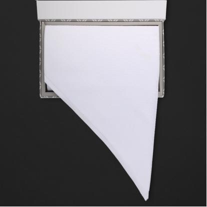 شماغ رسم أبيض Q3