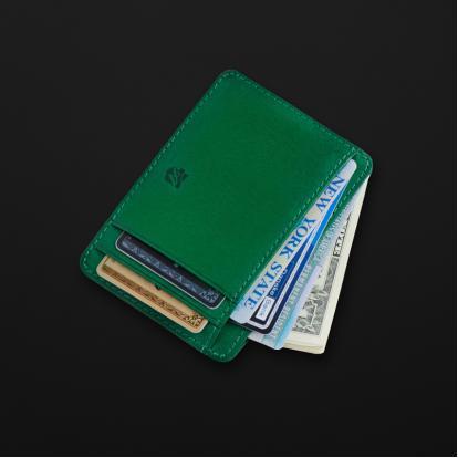 محفظة اكسيس السويدية كومباكت اخضر