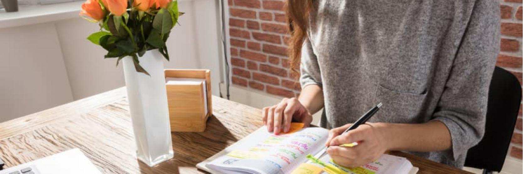 كيف تحقق الموازنة بين عملك ودراستك ؟