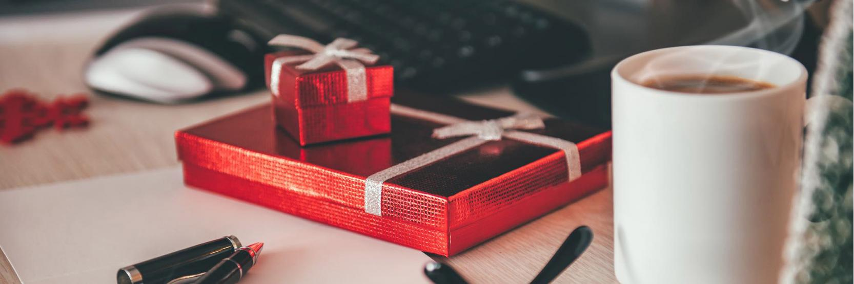 طرق مكافأة الموظفين في الذكرى السنوية