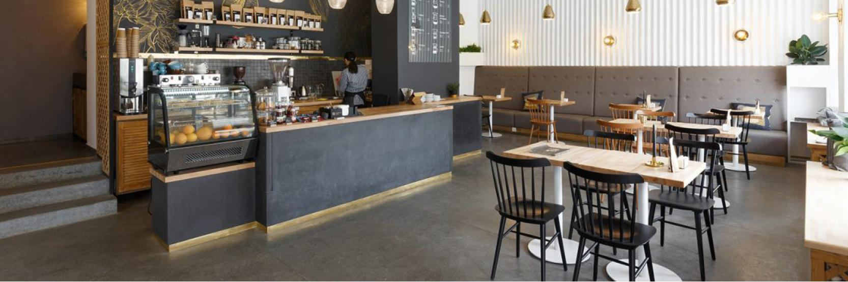 ما هو إتيكيت الجلوس في المقاهي ؟