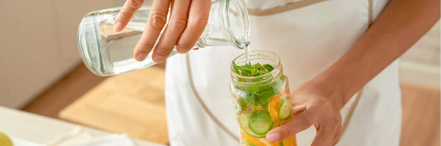 مشروبات سهلة للتخلص من سموم الجسم