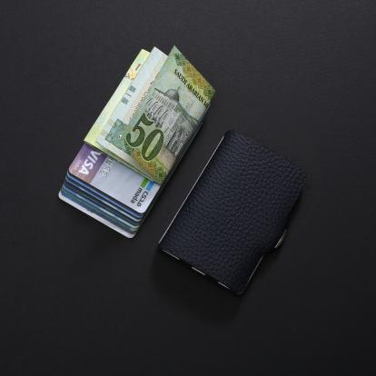 محفظة آي-كليب الذكية بايلوت ازرق غامق (الكلاسيكية)