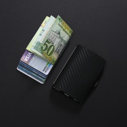 محفظة آي-كليب الذكية كاربون فايبر