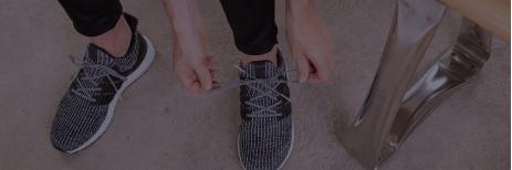 طريقة معالجة الحذاء الضيق وجعله على مقاس قدمك بشكل طبيعي