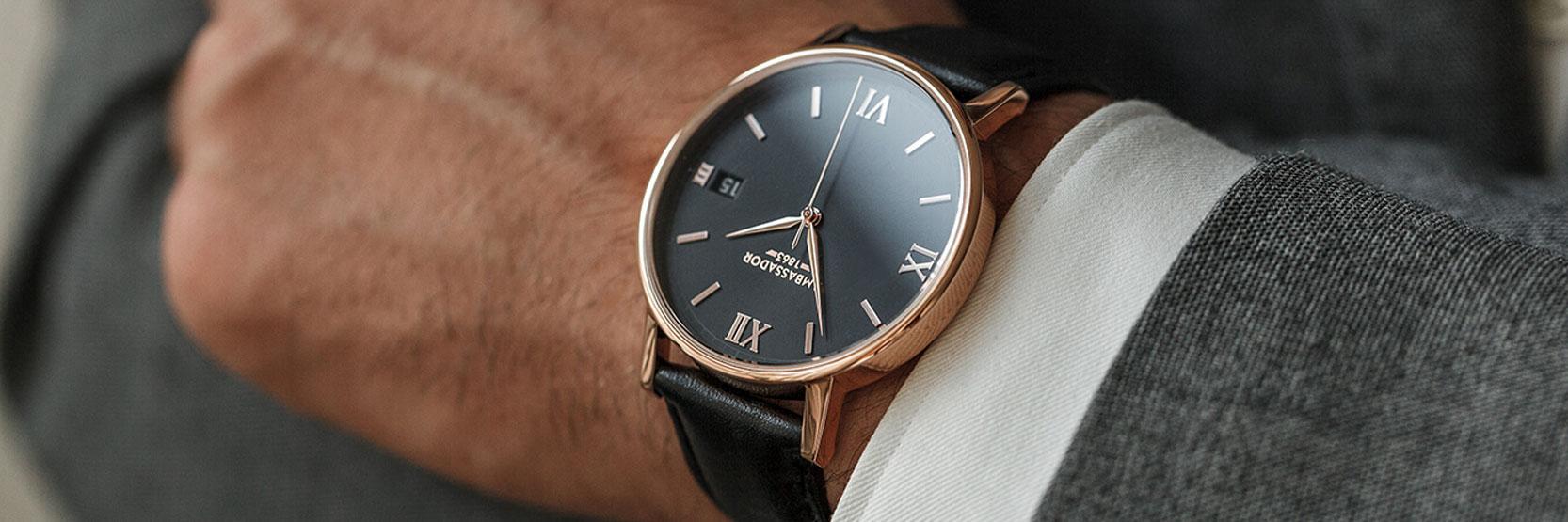4439c41f5 السر وراء ارتداء الساعة في اليد اليسرى
