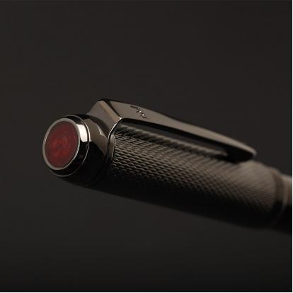 قلم نيتو ماراني اسود مع حجر عنابي P117MY