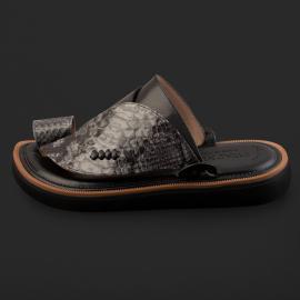 حذاء سوادنس شرقي كلاسيكي SK1305