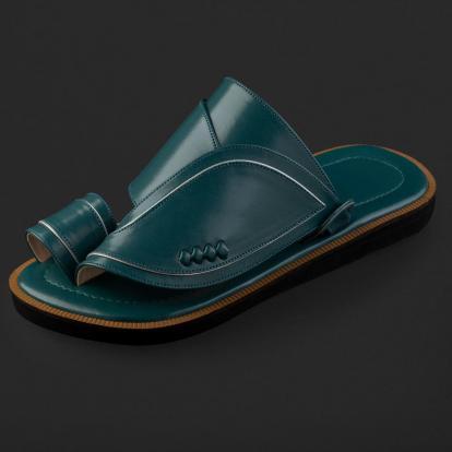 حذاء شرقي كلاسيكي SD102