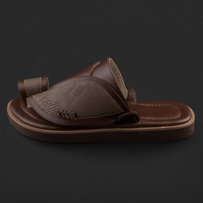 حذاء شرقي بنقشة ساق النعام SE7108