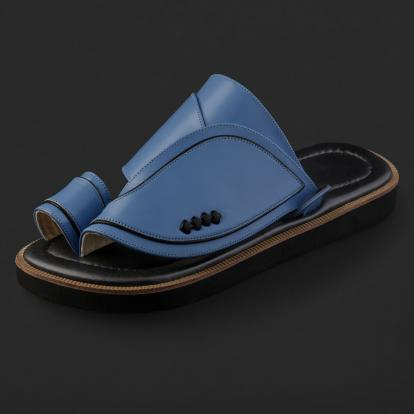 حذاء شرقي جلد كلاسيكي مخطط SE9104