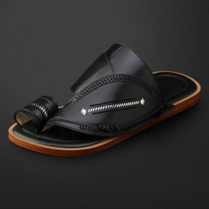 حذاء شرقي مطرز - SS11004