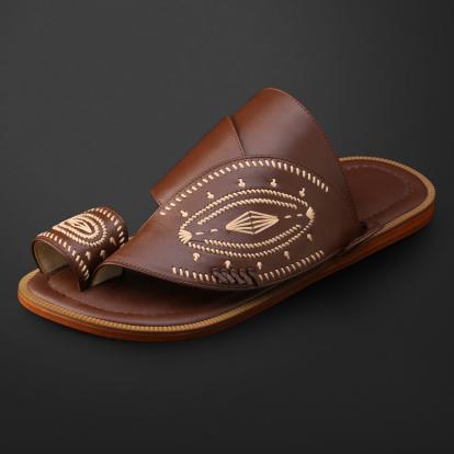 حذاء شرقي مطرز - SS11006