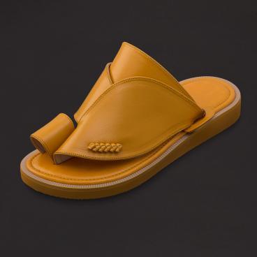 حذاء شرقي كلاسيك جلد بني جملي SS1773