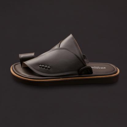 حذاء شرقي كلاسيك جلد بني داكن SS1761