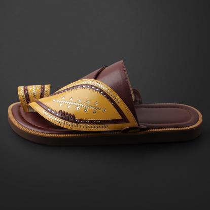 حذاء شرقي مطرز - SS11002