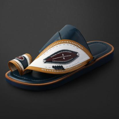 حذاء شرقي مطرز - SS11003