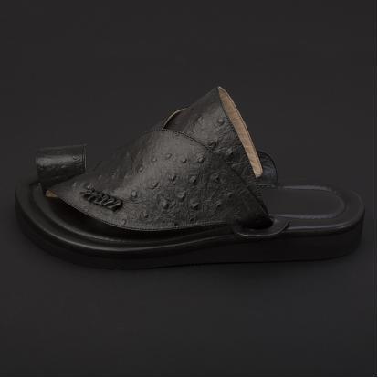 حذاء شرقي جلد لون أسود SS1895