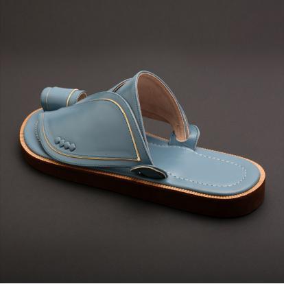 حذاء شرقي كلاسيك ازرق MS22