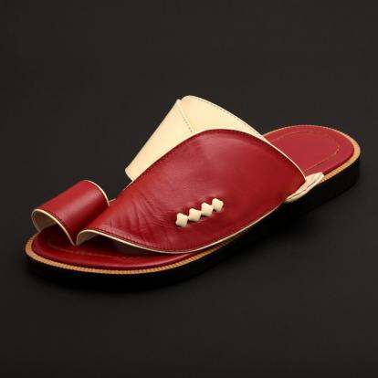 حذاء شرقي كلاسيك عنابي MX37